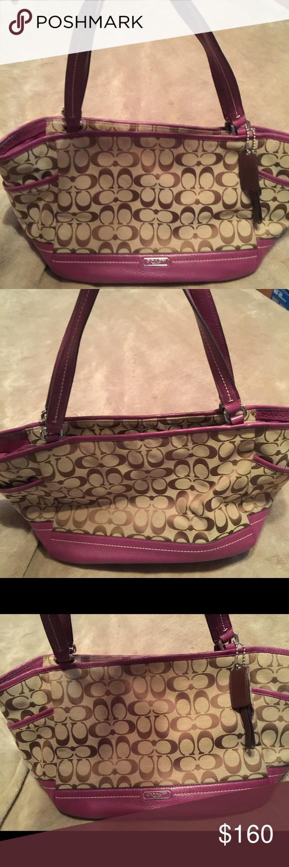 Coach handbag Coach handbag with very little use Coach Bags Shoulder Bags