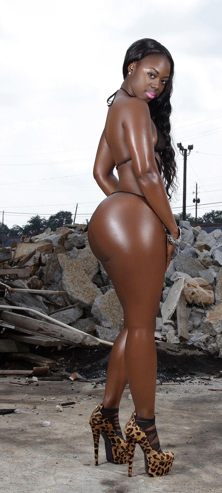 Nude ebony women pictures