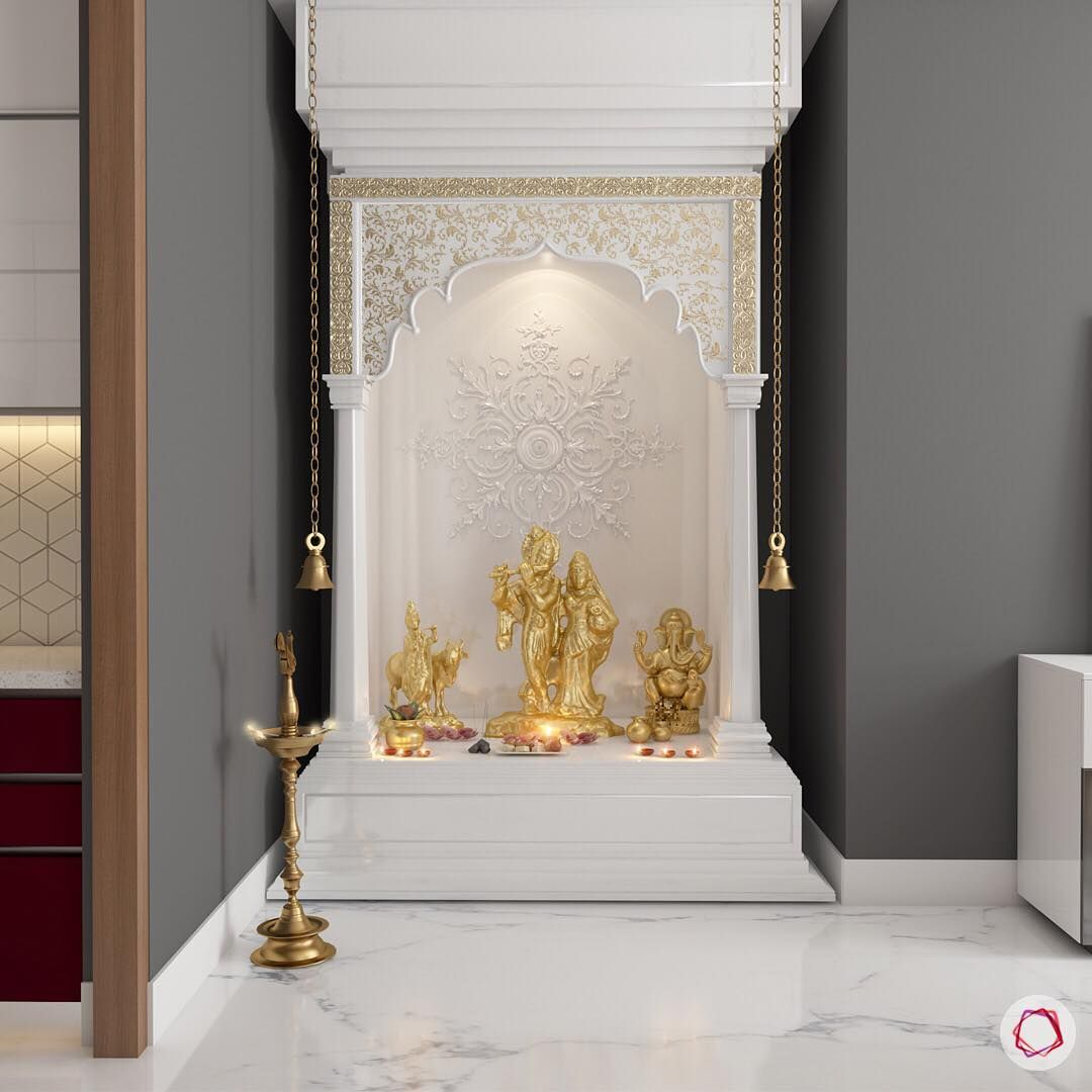 This traditional minitemple looks gorgeous with hints of gold and