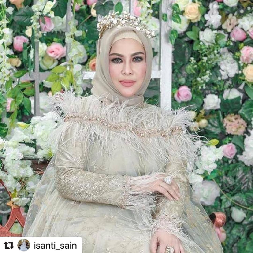 Watch The Best Youtube Videos Online Repost Isanti Sain With Make Repost Bungasnya Kak Ida Andriansyah Owner Mayesapre Victorian Dress Fashion Dresses