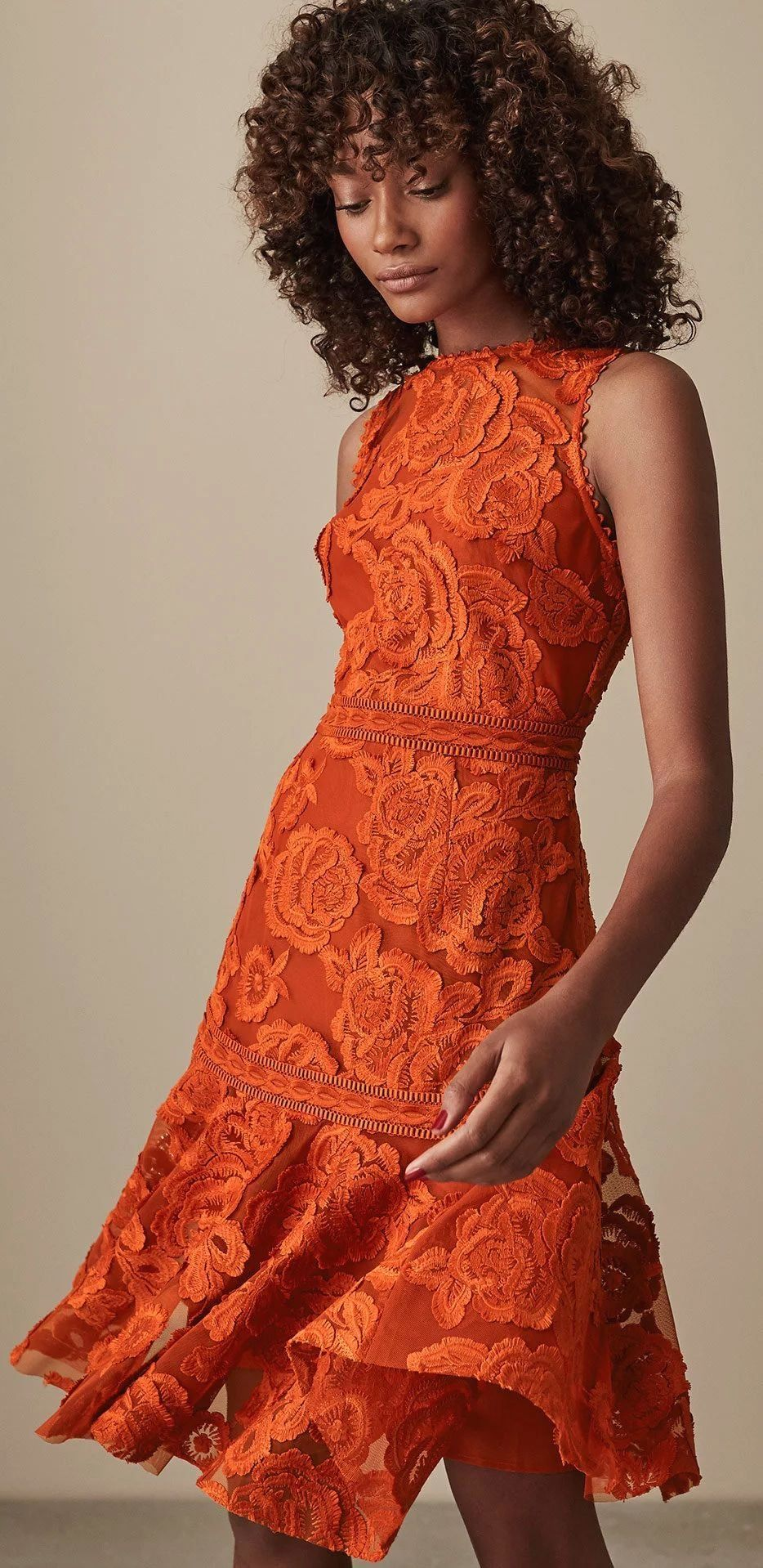 Hatista How To Wear Orange How To Wear Orange 2020 Outfits With Jaffa Or Orange Wedding Guest Dresses Wedding Guest Outfit Spring Wedding Guest Outfit Fall [ 1918 x 934 Pixel ]