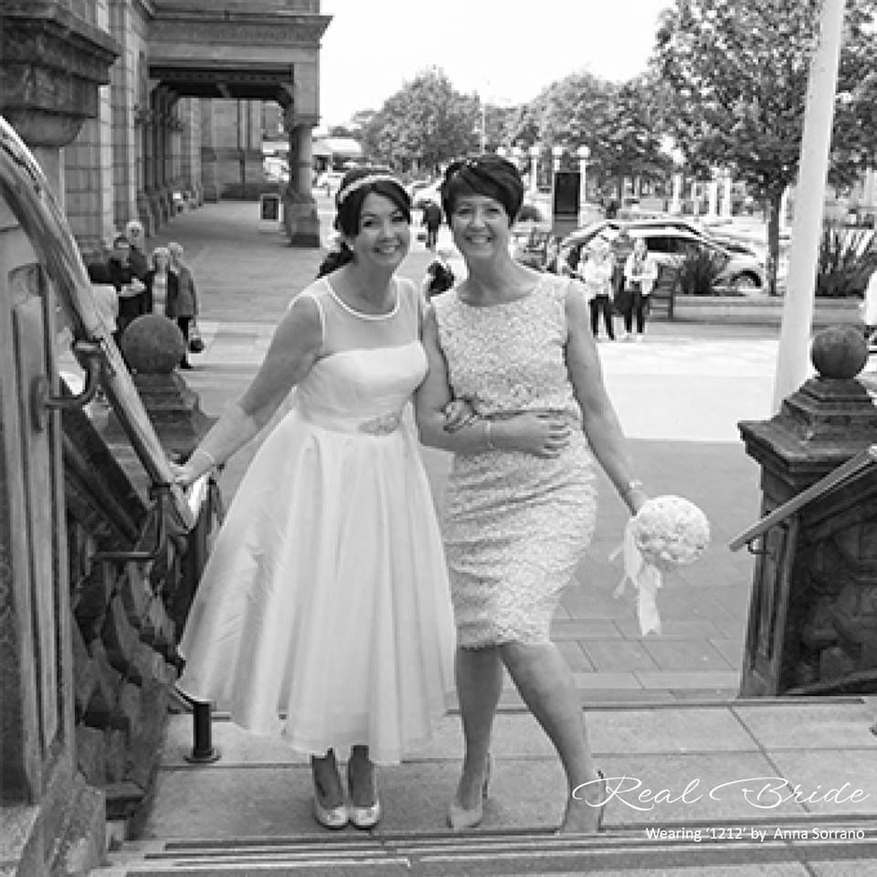 Real Brides Wed2b: We Absolutely Love This Beautiful Photo Of Real Bride