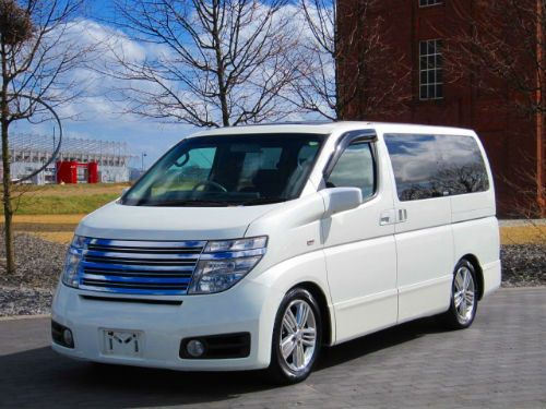 NISSAN ELGRAND E51 HIGHWAY STAR RIDER GRILL 6 7 8 SEATER ...