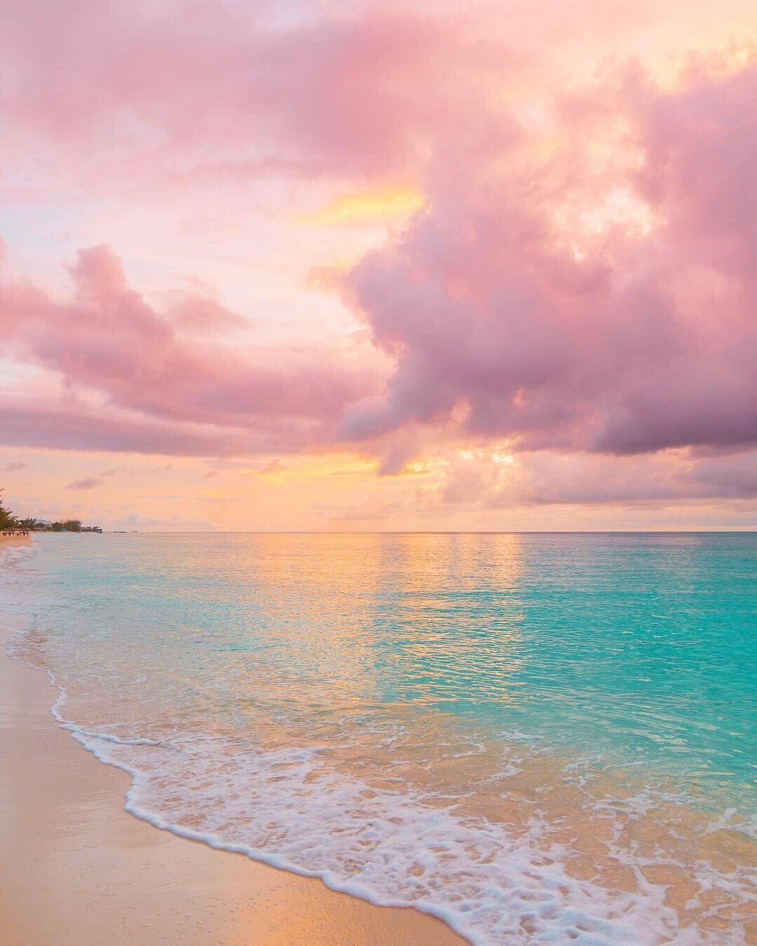 海 夕日 切ない オシャレ 雲 淡い グラデーションカラー 甘い