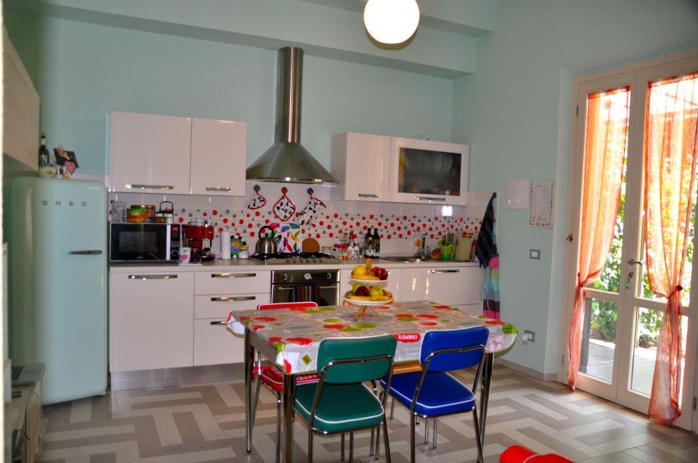 Cucina anni 60 | Luoghi da visitare | Pinterest | Luoghi da ...