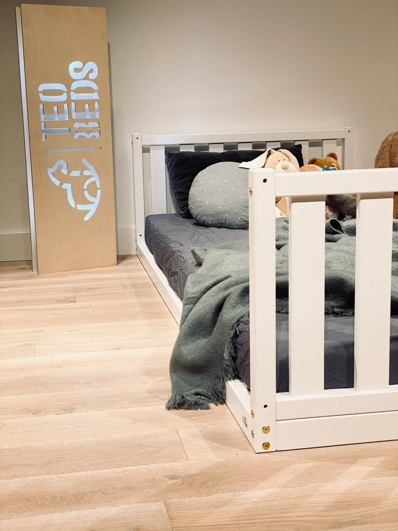 US Twin size 39x75 Toddler bed Play bed frame Children bed