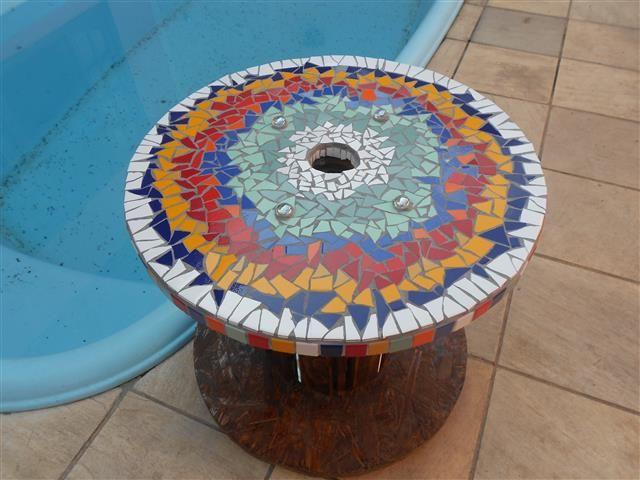 Mesa Carretel com rodízios Mosaico de Azulejos Tampo de 50cm ...