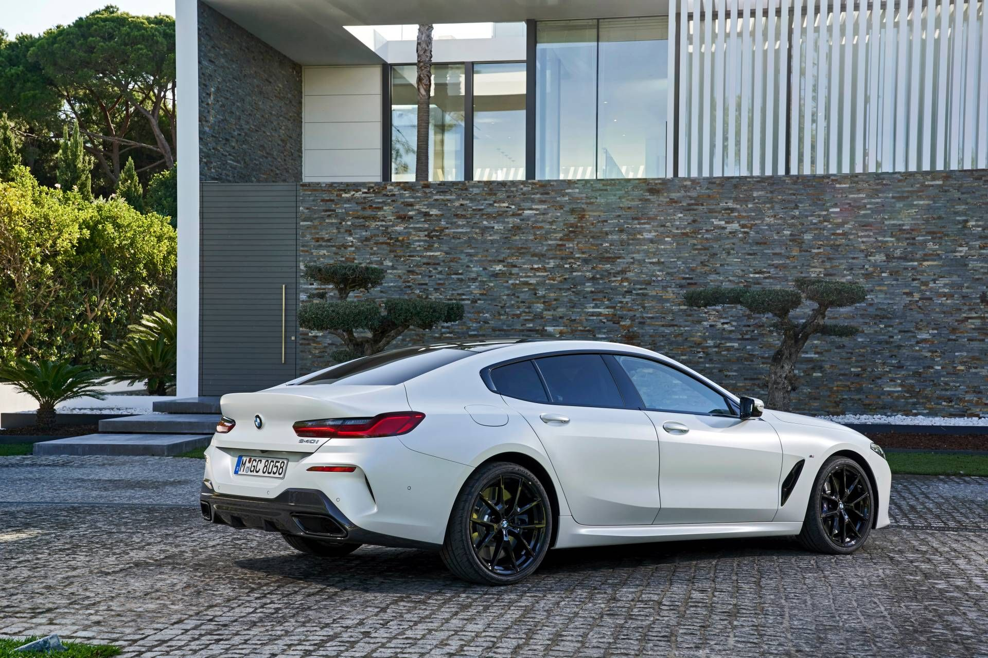 2020 Bmw 840i Gran Coupe Great White Shark Reviewed And Photographed In Detail Carscoops Bmw 840i 2020 Bmw Bmw