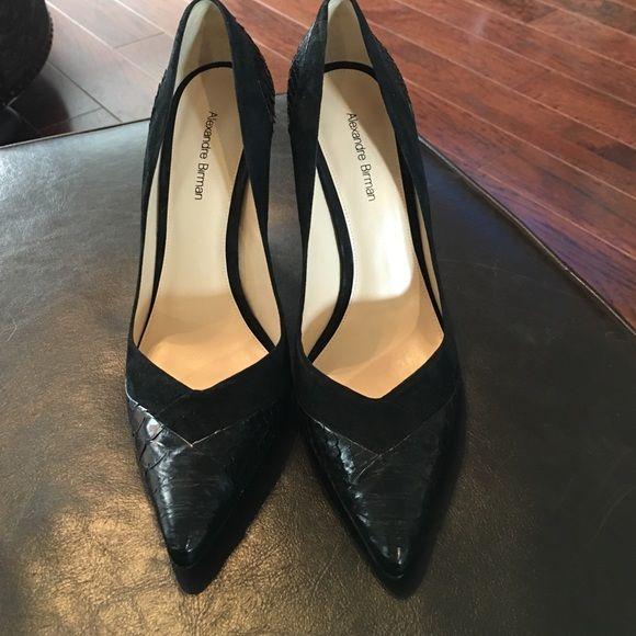 Alexandre Birman Snakeskin Pumps Black snakeskin/ suede/leather pumps Alexandre Birman Shoes Heels