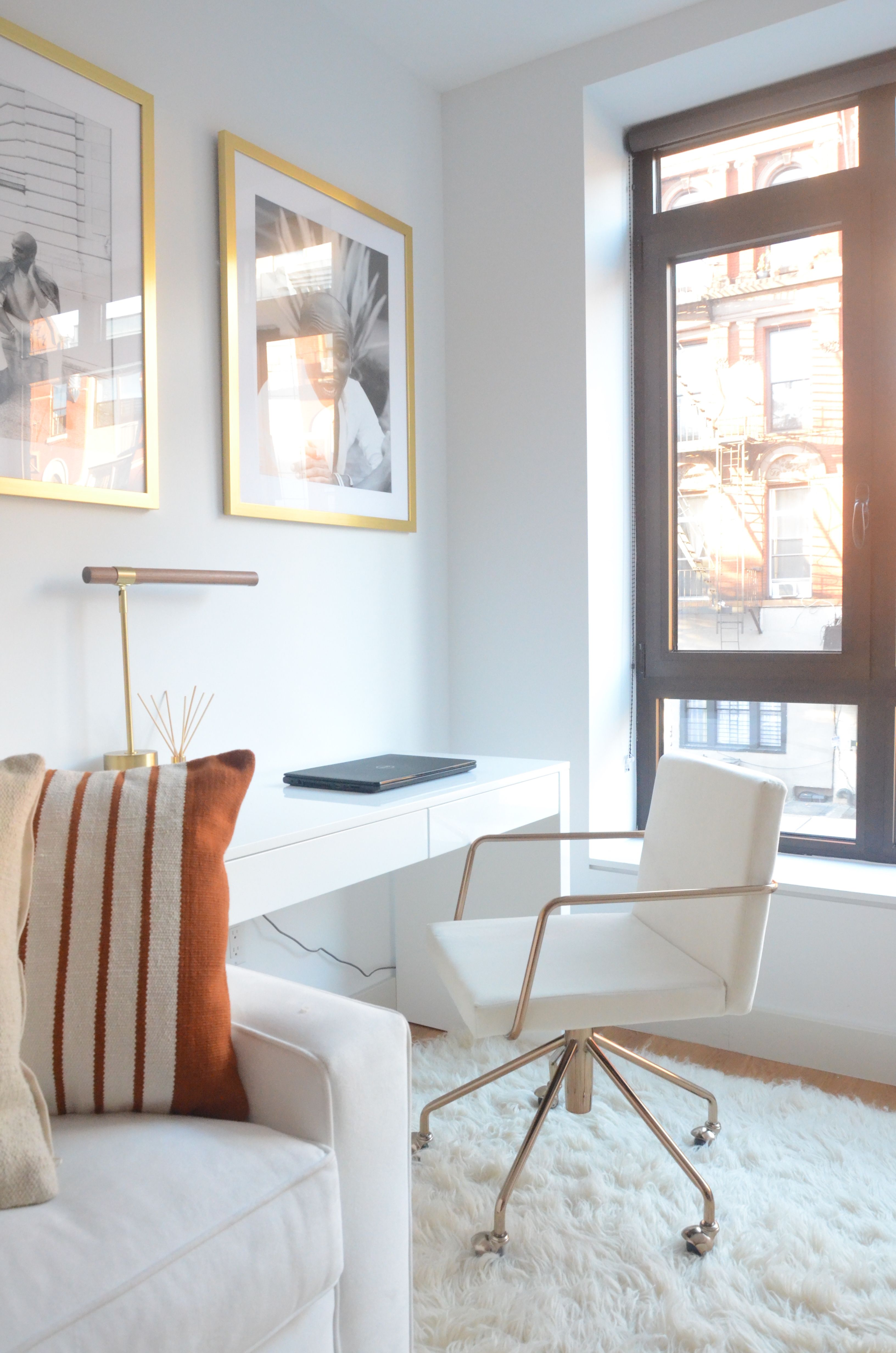 Homestory: Travis Londons New Yorker Apartment