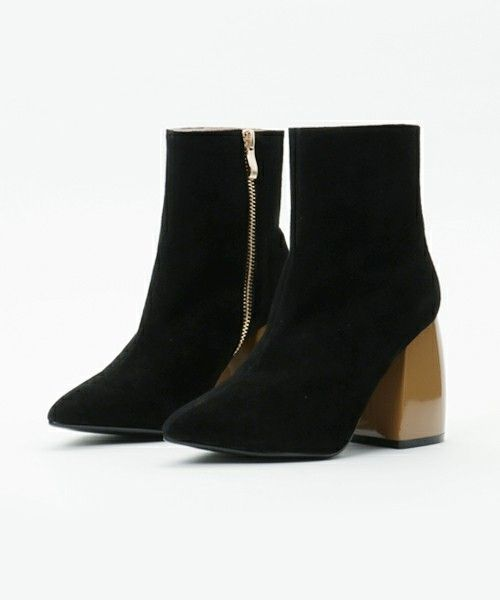G.V.G.V.(ジーヴィジーヴィ)のCHUNKY HEEL ANKLE BOOTS(ブーツ) ブラック
