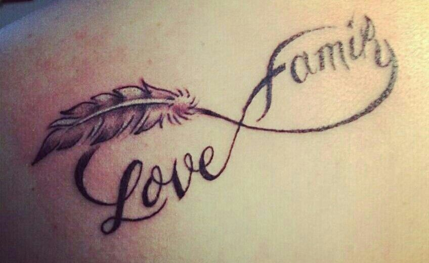 tatouage infinity family. Black Bedroom Furniture Sets. Home Design Ideas