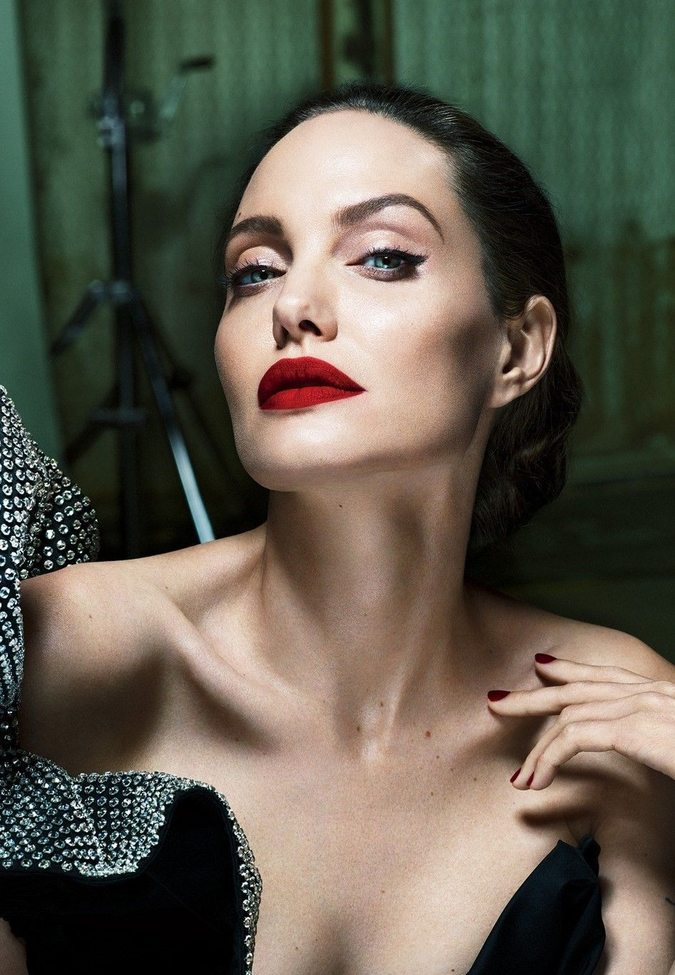 Angelina jolie and natalie portman nu photos