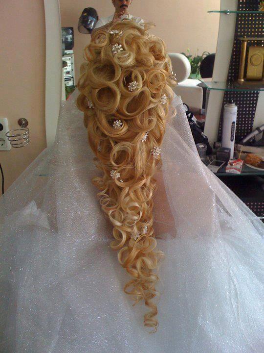 10 Wedding Hairstyles Gone Wrong Hair Styles Bridal Hair Hair