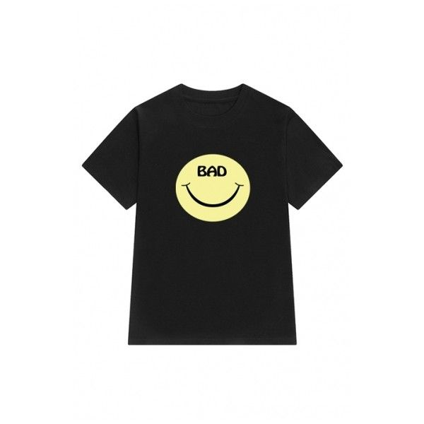 New Fashion Smile Face Pattern Round Neck Short Sleeve Casual Tee ($25) ❤ liked on Polyvore featuring tops, t-shirts, pattern t shirt, graphic design tees, short sleeve tee, graphic print tees and round neck t shirt