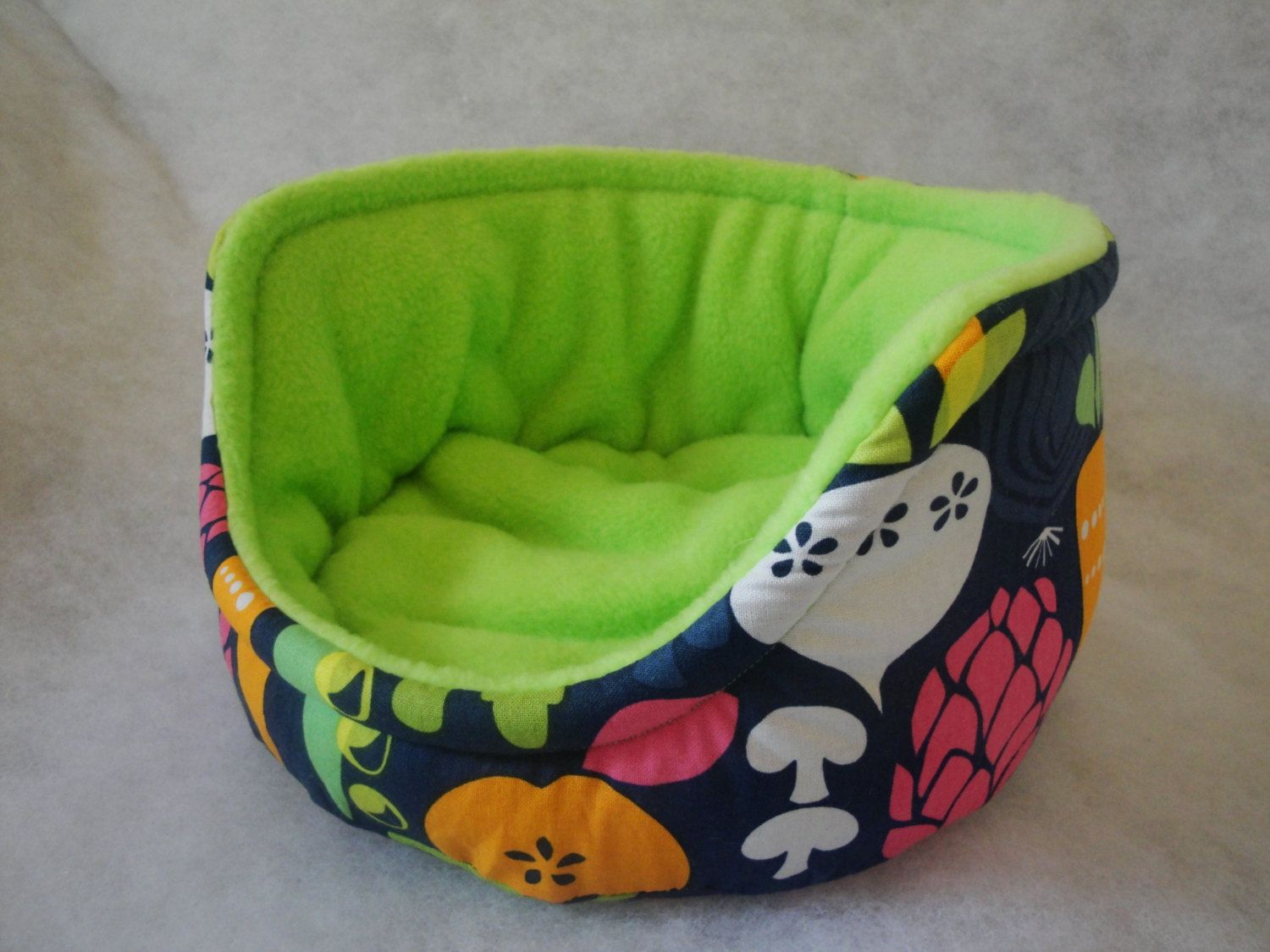 Luxury+guinea+pig+bed+in+a+veggie+design+with+by+SqueakDreams,+£12.00