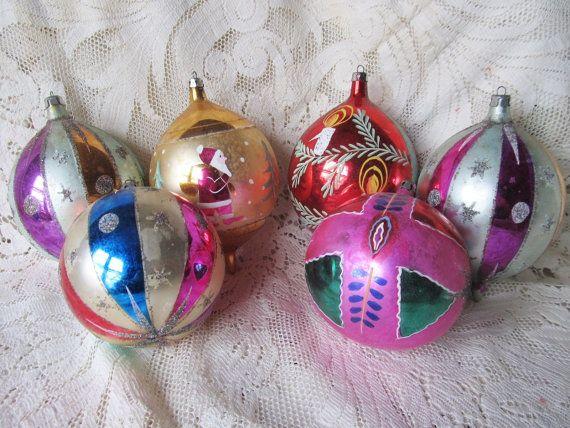 Vintage 1960\u0027s Set Of 6 Large Christmas Ornaments, Teardrop And