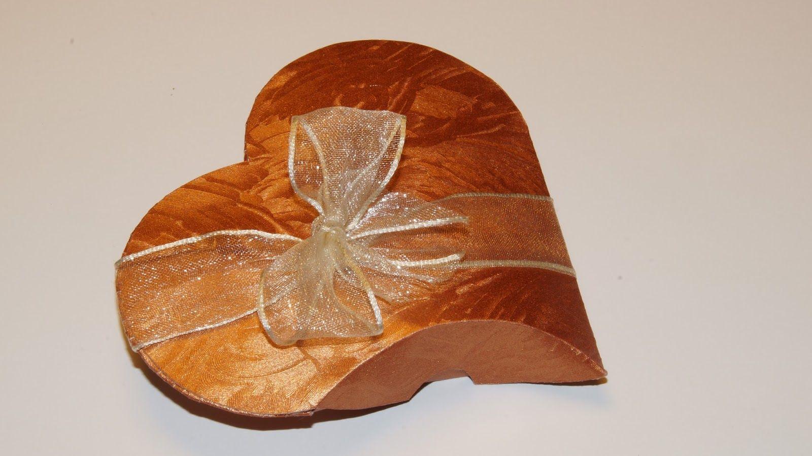 Pillow Box Basteln geschenkbox herz pillow box herz basteln zum muttertag