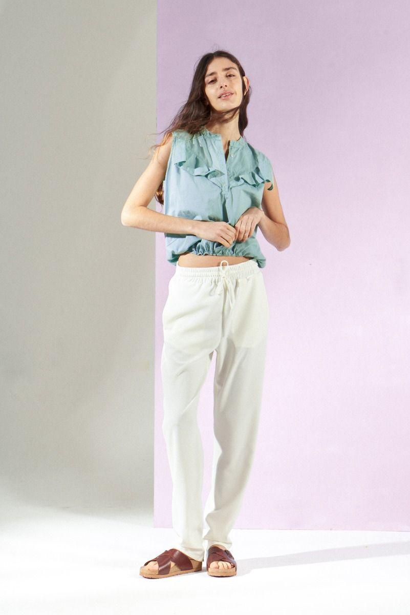 Moda Urbana En Ropa De Mujer 2021 La Primavera Verano 2021 By Delucca Pantalones De Vestir Mujer Ropa De Mujer Pantalones Mujer