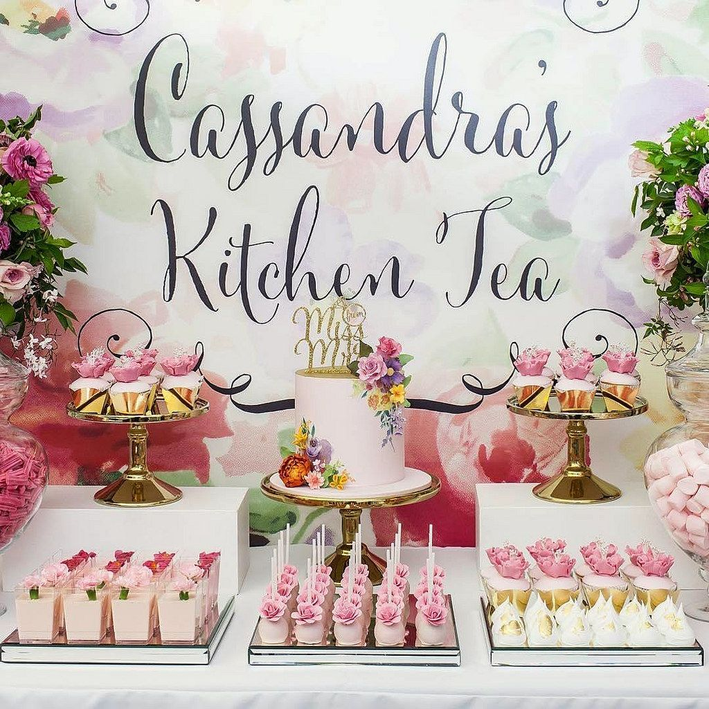 Our feature cake for Cassandra\'s Kitchen Tea. Styling by Oh Feri ...