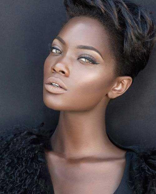 Coupe cheveux courte pour femme black