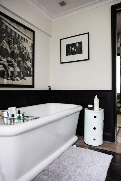 Traditional Bathroom In Black White With A Sense Of