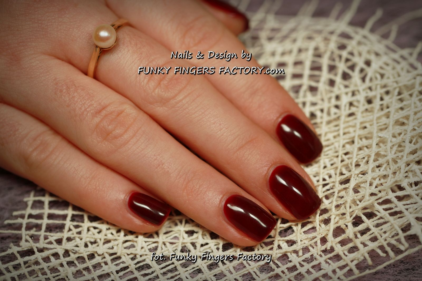 Gelish Classic Burgundy Nails A Touch Of Sass By Www Funkyfingersfactory Com Nails Burgundy Nails Gel Nail Colors