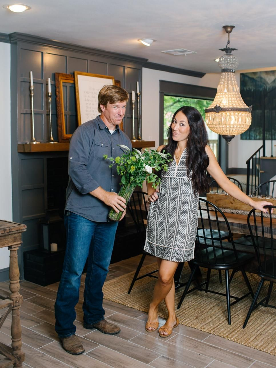 fixer upper old world charm for newlyweds hgtv fixer upper magnolia farms magnolia homes. Black Bedroom Furniture Sets. Home Design Ideas