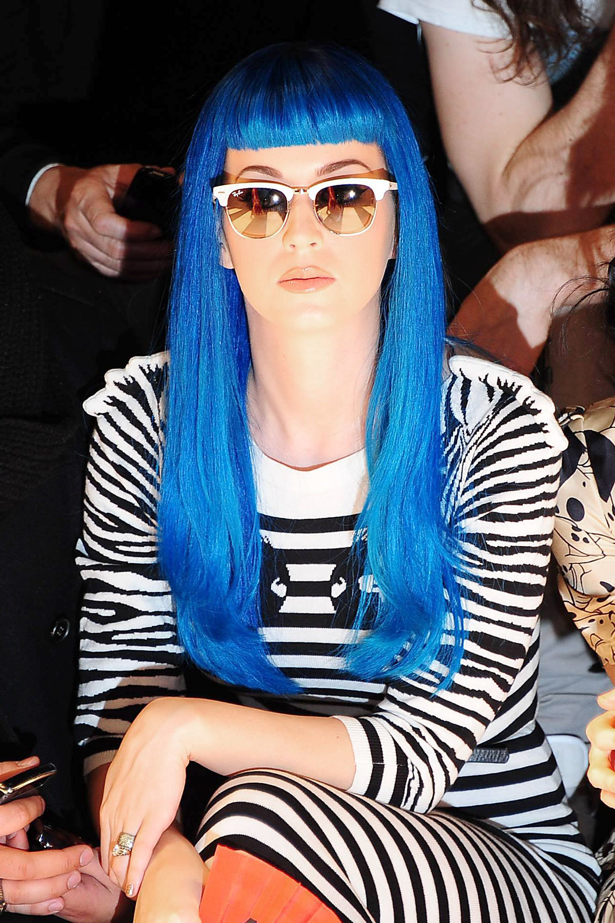001958bfc6 Katie Perry whore her Ray Ban Clubmaster Aluminum Silver Sunglasses RB3507  137 40 at a fashion show...well done Ms. Perry
