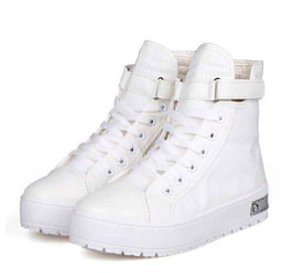 92fbdefe2444 Stylish Women s Canvas Shoes With Metal and Platform Design Color  LIGHT  BLUE