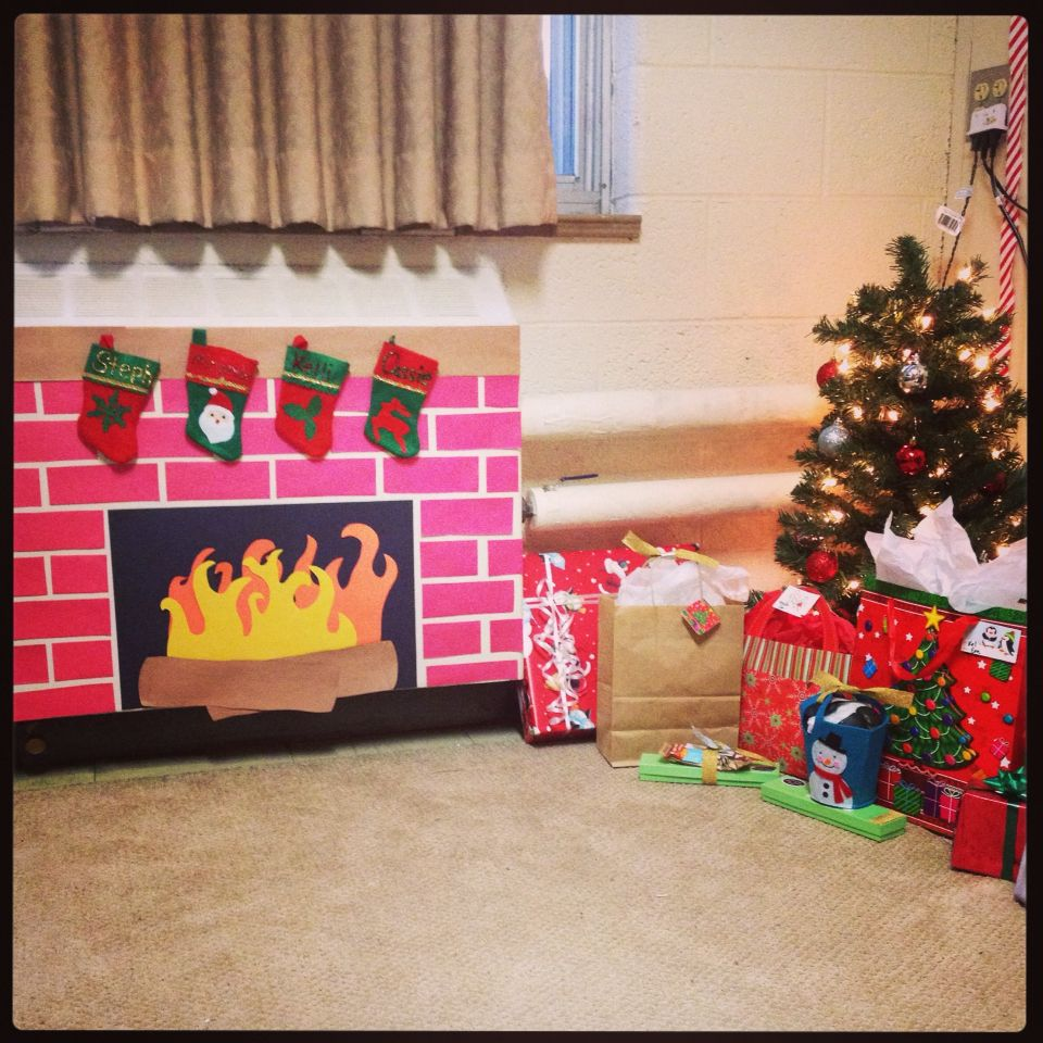 Construction Paper Fireplace Christmas