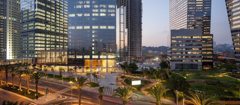 Morumbi Corporate por Aflalo/Gasperini Arquitetos: http://www.galeriadaarquitetura.com.br/aflalogasperini-arquitetos_/morumbi-corporate/859#