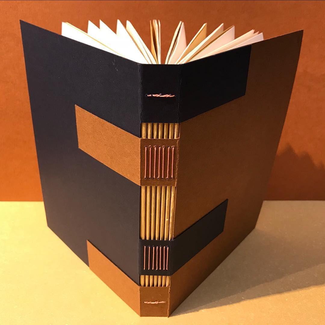 Bookbinding Bookbinder Handmade Handmadebook Regram Via Carefan Book Binding Diy Book Binding Handmade Sketchbook
