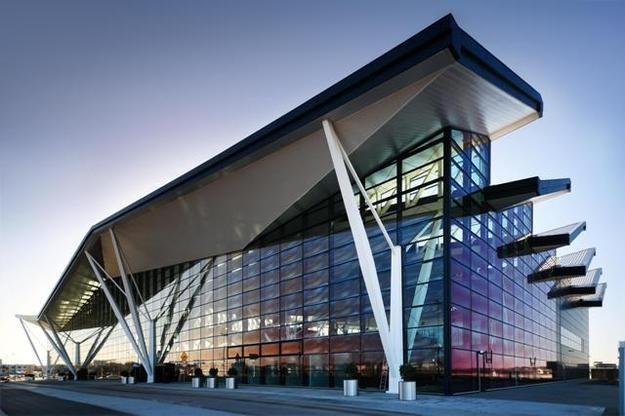 terminal t2 lotnisko gdansk