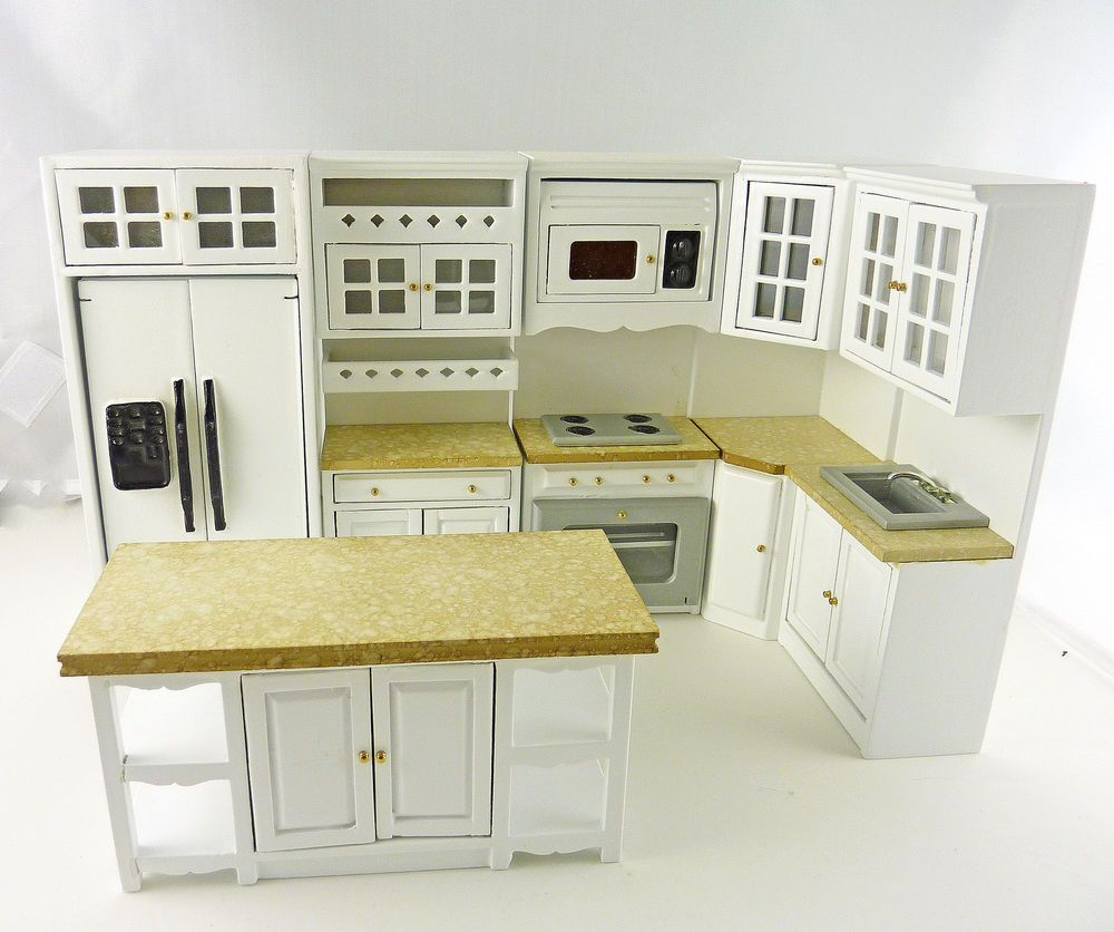 11.11] #T11 This full Bistro style kitchen set has tan marble