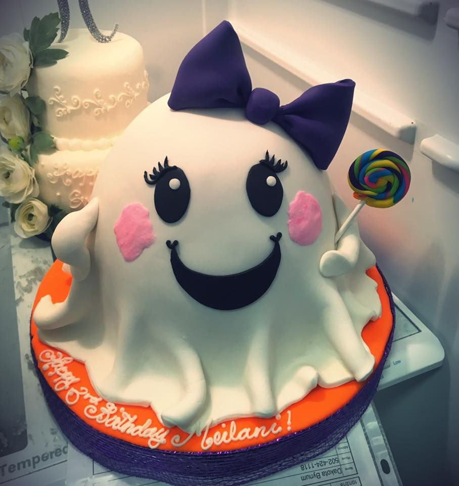 Cute Ghost Birthday Cake Adrienne Co Bakery With Images