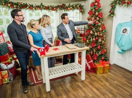 Christmas is officially over and Mark Steines\u0027 Christmas Decor