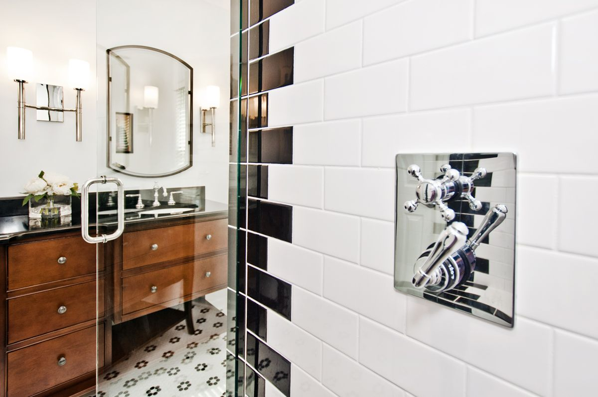 Black u white bathroom remodel designer terri sears photography