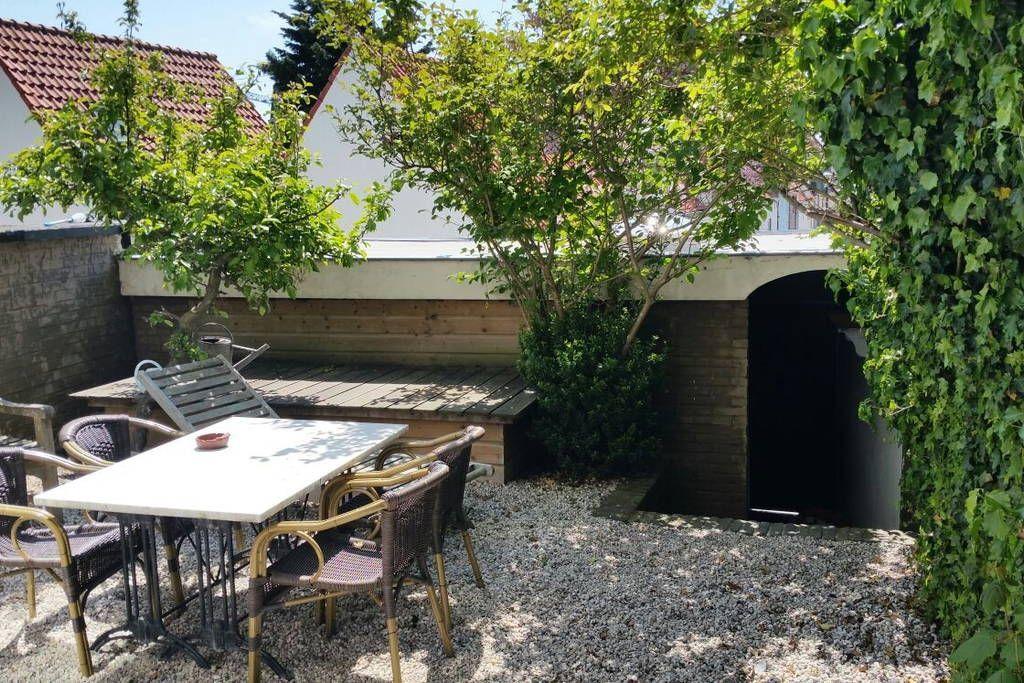 Wohnzimmer Kühlschrank ~ Wohnung in zandvoort niederlande großzügiges wohnzimmer mit