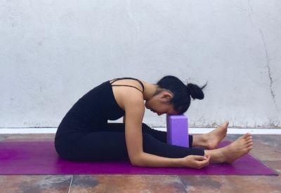 60minute yin yoga sequence to conquer f e a r — annie au