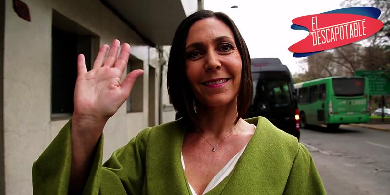 Redoble de tambores con Juanita Parra en #ElDescapotable ahora por #ViaX junto a @amparohernandez y  @vale_ortega ►