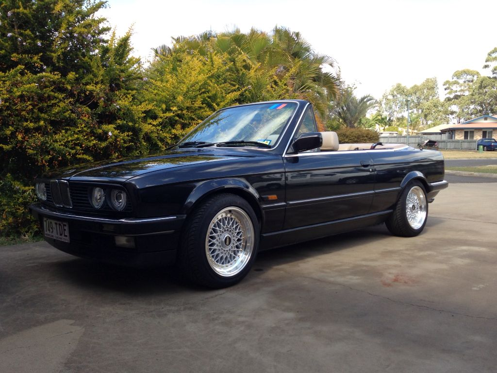 bmw e30 convertible black bmw stuff pinterest bmw e30 convertible e30 convertible and e30. Black Bedroom Furniture Sets. Home Design Ideas