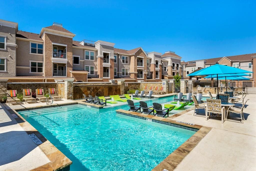 Perfect River Walk Village Apartments Flower Mound Tx And Review In 2020 Flower Mound Tx Central Park Apartments Garden Photos