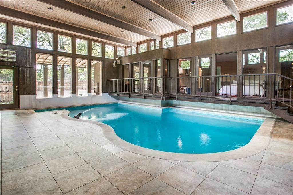 Groovy 60s Pad With Indoor Pool Mad Men Vibes Asks 425k Mid