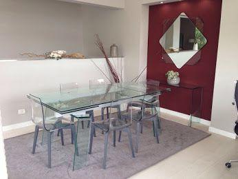Mobili Muzi Valmontone.Crystal Table Berlino Chairs Exposed In Muzi Arreda