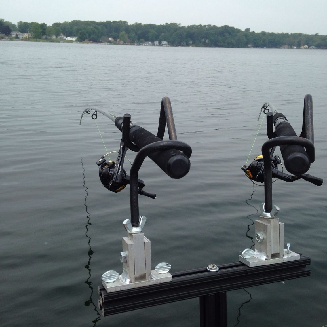2 rod holder spider rig setup mini t bar for crappie for Spider rigs for crappie fishing