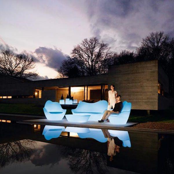 VONDOM - Salon de jardin lumineux au design travaillé - De chez ...