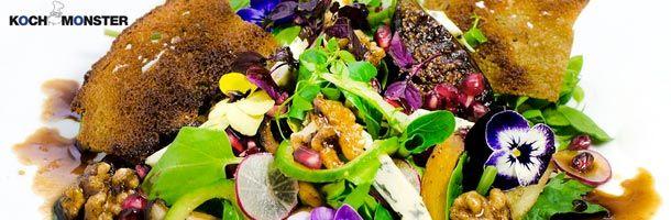 Kochmonster: Salat mit Fourme d'Ambert - http://weinblog.belvini.de/kochmonster-salat-mit-fourme-dambert