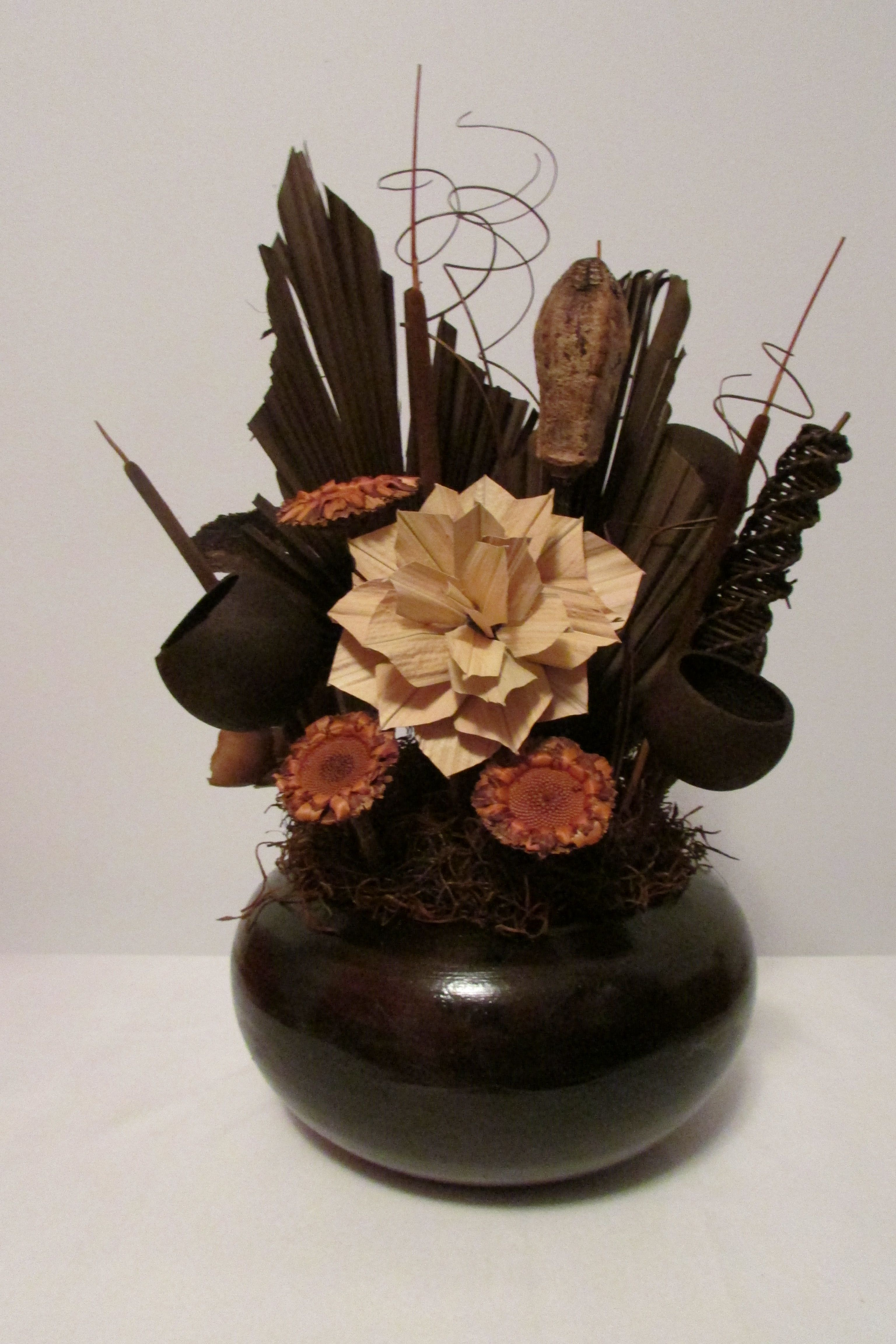 dry flowers arrangement khan ali dried flower. Black Bedroom Furniture Sets. Home Design Ideas