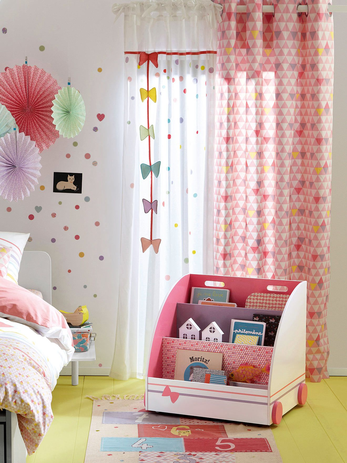 rideau brod noeuds th me multicat chambre b b nursery. Black Bedroom Furniture Sets. Home Design Ideas